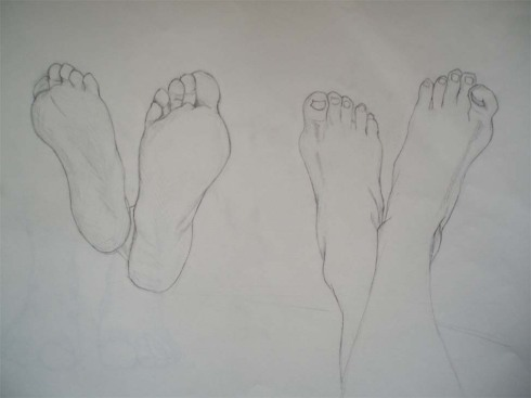 dibujo a lápiz de pies cruzados